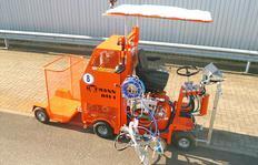 H11 para procedimiento Airless con bomba y depósito presurizado (120 l) así como remolque para pilones