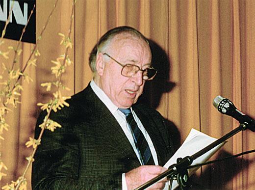 Вальтер Хофманн (&dagger; 1999),<br><i>(Walter Hofmann)<br></i>основатель фирмы HOFMANN