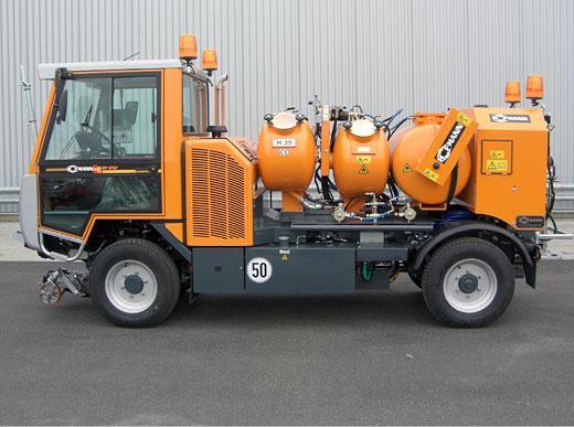 H35 im Airlessverfahren mit Pumpe mit zwei Farbbehältern für Zwei-Farben-Verarbeitung und Druckperlbehältern