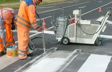 H9 Airspray durante trabajos de marcaje manuale