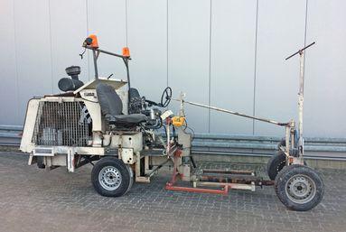 Angebot 4440112: H33-1 HOFMANN Straßenmarkierungsmaschine | Fahrgestell