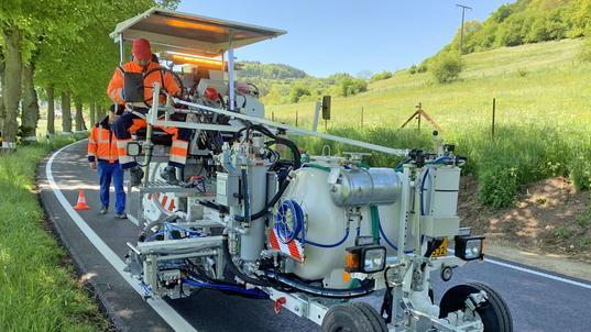 H18 Balgpumpensystem (540 ltr) mit Spotflex®System, M98:2 und elektrischer Perlschleuder
