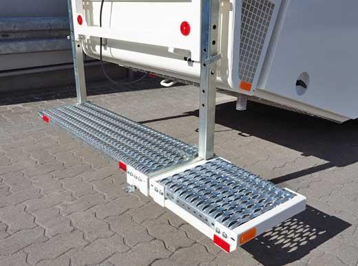 Plataforma trasera adicional enchufable lateralmente para la serie H26/H33