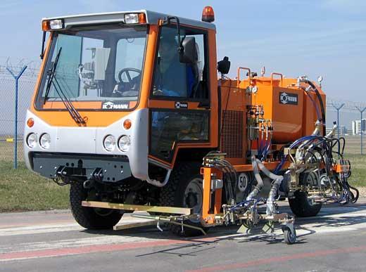 H35 en frocédé Airless avec pompe et deux réservoirs de matériaux pour l'application de deux couleurs et réservoirs de billes de verre sous pression