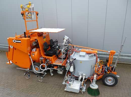 H33 Kombimaschine mit Druckbehälter (600& ltr) für spritzbare Thermoplastik und Thermoplastik mit Ziehschuh sowie Sonder-Druckperlbehälter (2x150ltr)
