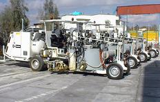H33 maquina de multiuso con depósito sin presión (500l): Pinturas termoplásticas proyectables con bomba dependiente del trayecto / pinturas termoplásticas con extrusor