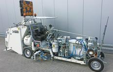H33 with depósito presurizado (1000 l) y depósito de esferas (520 l) para plásticos en frío de 2 componentes pulverizables para procedimiento Airless con bomba dosificadora dependiente del trayecto AMAKOS®