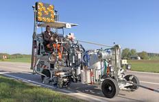 H18 sistema bomba de fuelle (460 l) con sistema Spotflex®, M98:2 y dispersor de esferas eléctrico