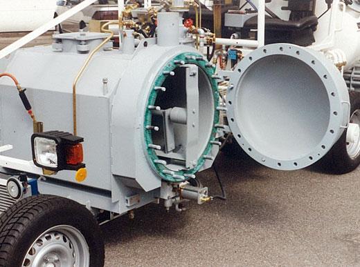 H26/H33 avec réservoir sous pression (300l), paroi du réservoir démontable pour nettoyage facile