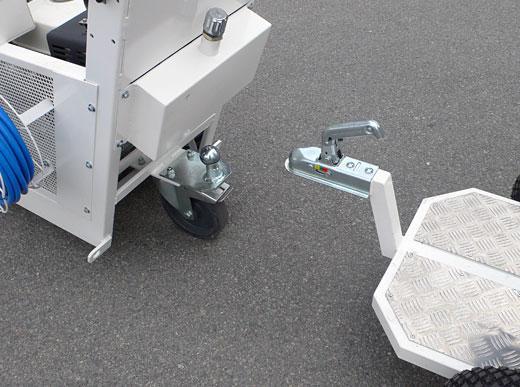 H9 remorque avec siège du conducteur avec position assise réglable et roues pneumatiques
