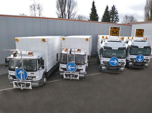 """Пакет """"всё включено"""": транспортный грузовик для одной Н33-3 и грузовик снабжения с пакетом для котлов, каждый на два ID 1100-1 с прямым снабжением от грузовика - без силовой станции оснащенный снаряжением для предварительной маркировки"""