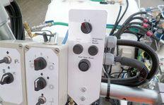 AMAKOS<sup>®</sup>: Geschwindigkeitsproportionale Applikation von Markierungsstoffen mit automatischer Konstanthaltung der Schichtdicke
